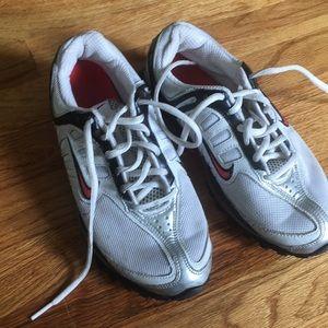 Nike Max Air  Sneakers Sz 6Y